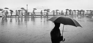 fan ho, photography, hong kong, umbrellas, 1958, фан хо, хо фань, зонтики, фотографии, фотограф, гонконг